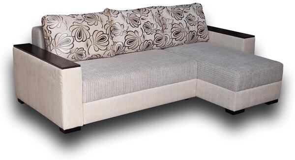 Фото реального дивана в одном из магазинов Киева